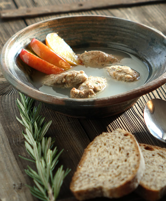 Hochgeladen zu Hohenloher Mostsuppe mit Leberklößchen