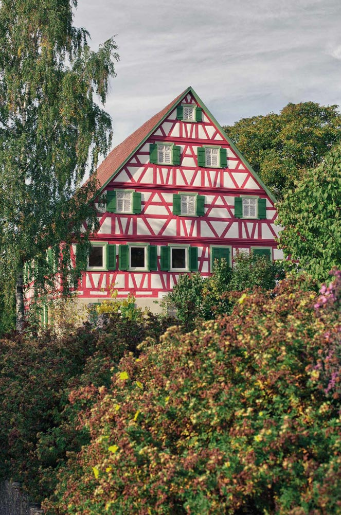 Sonnenhof der Bühlers, ein grosses Fachwerkhaus seit 14 Generationen im Besitz der Familie