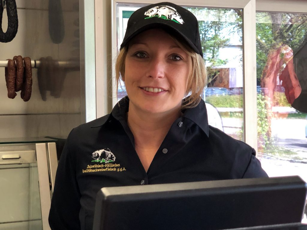 Simone Pittelkow, neue Mitarbeiterin im Bauernmarkt der Bäuerlichen Erzeugergemeinschaft Schwäbisch Hall